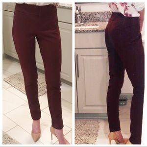 ANN TAYLOR | Signature | Maroon Dress Pant Size: 0